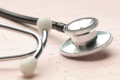 La sanidad privada ofrece sus centros para agilizar el proceso de vacunación contra el Covid